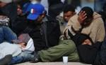 immigrati-verso-lampedusa-la-san-marco-posto-per-persone-1.jpg